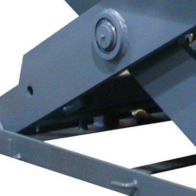 High Tensile Solid Steel Scissor Legs Provide Superior Strength